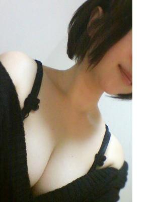ひな Photo1